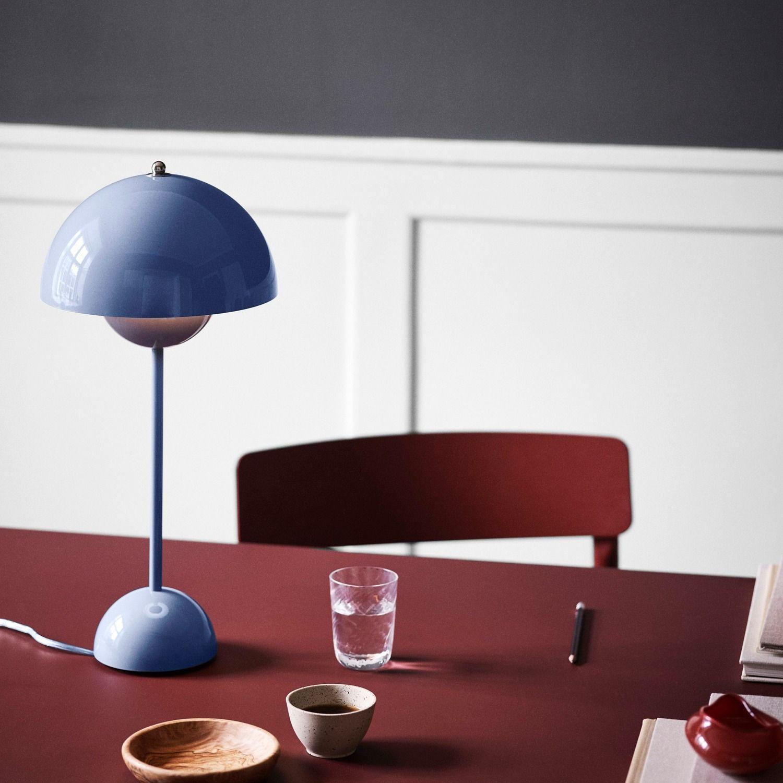 Picture of: Flowerpot Vp3 Bordlampe Kob Online Olsson Mobler